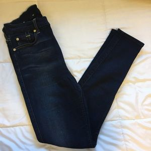7 for all mankind medium washed legging jeans 👖